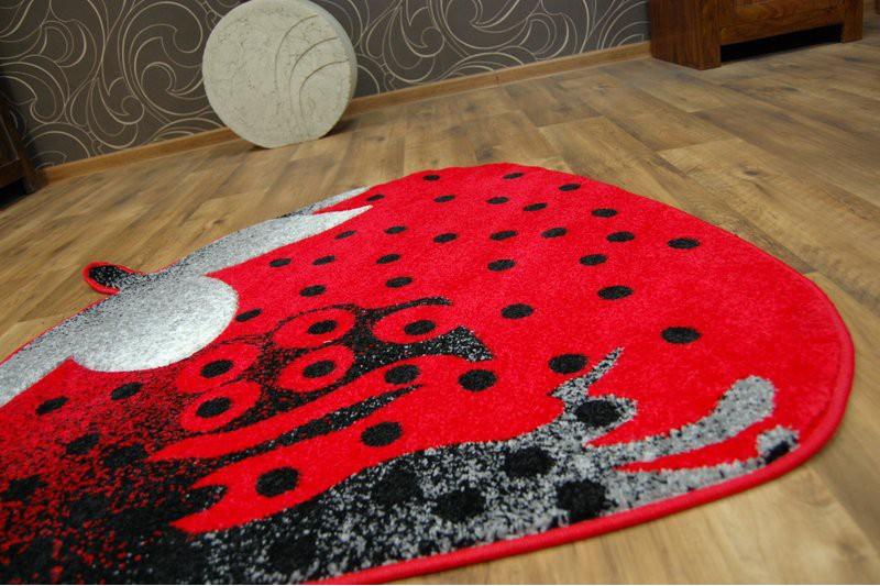 teppich f r kinder happy c298 erdbeer rot f r kinder. Black Bedroom Furniture Sets. Home Design Ideas